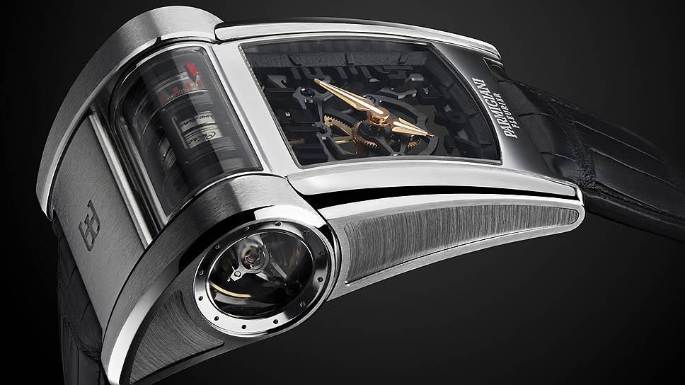 Обводы корпуса часов похожи на аэродинамические формы Bugatti Chiron