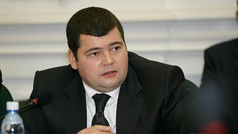 За мошенничество с муниципальными квартирами бывший замруководителя департамента управления имуществом Самары Вадим Кужилин приговорен к восьми годам колонии