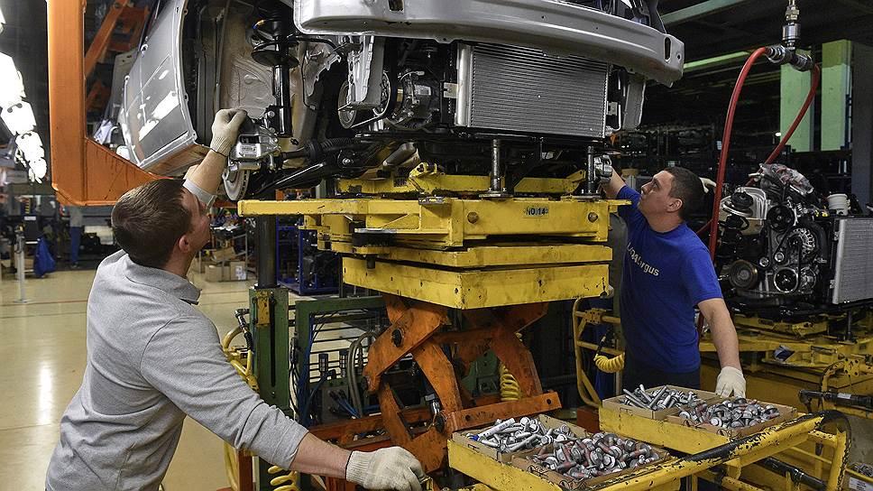 АвтоВАЗ втретий раз сначала года повышает цены наряд своих моделей