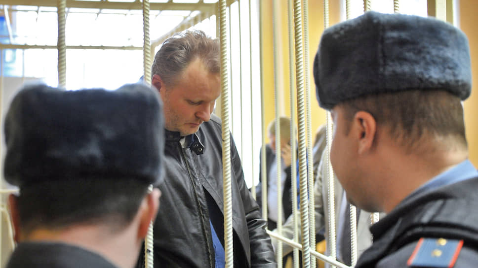 С бывшего замминистра взыскивают 12 млрд рублей / Суд привлек Алексея Бажанова к ответственности по долгам «Маслопродукта»