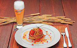 """""""Пивная келья""""Семгу гриль с овощными спагетти под соусом """"Шампань"""" с красной икрой """"Пивная келья"""" дополняет белым пшеничным пивом Dentergems."""