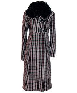 Пальто из шерсти, Miu Miu. Воротник из овчины (ЦУМ, 47 400 руб.)