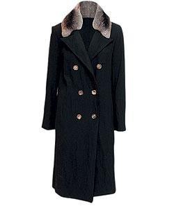 Пальто из шерсти, Lanvin. Воротник из меха шиншиллы (ЦУМ, 122 500 руб.)