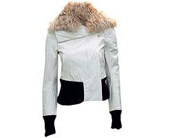 "Куртка из кожи, Ann Demeulemeester. Воротник из овчины (""Крокус Мультибрэнд"", 64 116 руб.)"