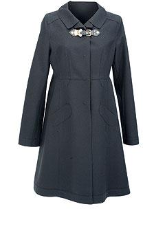 Пальто из шерсти с застежкой из кожи, Miu Miu(ЦУМ, 39 950 руб.)