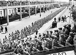 С каждым годом война в Анголе обходилась Лиссабону все дороже-как в плане человеческих ресурсов, так и финансовых