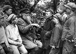 133-летнему крестьянину Тишкину было что вспомнить и рассказать, ведь его этому научили сами геронтологи