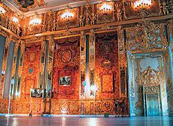 В ответ на недоделанную Янтарную комнату Петр I подарил Фридриху Вильгельму недоделанную гвардейскую роту
