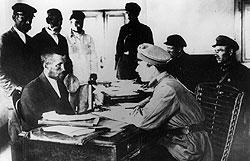 """Спекуляцией в Советском Союзе можно было заработать в том числе и клеймо """"враг народа"""""""