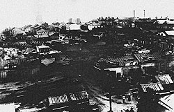 Рабочие кварталы Юзовски отличались от забоев лишь меньшим количеством пыли