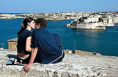 свободное от изучения английского время гости Мальты могут познакомиться с богатыми историческими и культурными традициями острова