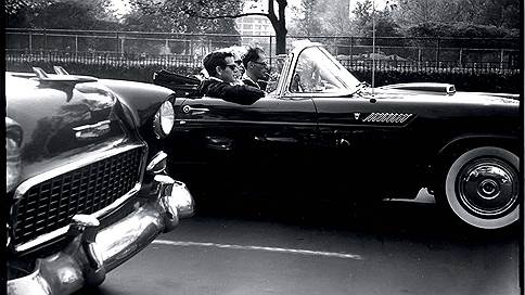 Три в одном // 1956 Ford Thunderbird и медовый месяц Мэрилин Монро