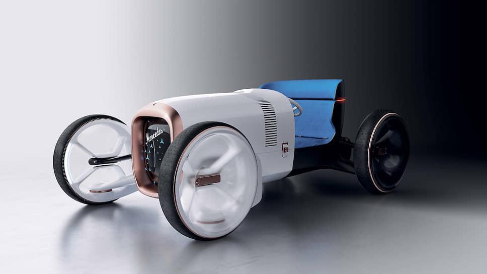 Комбинация механической красоты и интеллектуального цифрового контента описывается дизайнерами Mercedes-Benz как «гипер-аналог». Информация отображается на дисплее только в случае необходимости.