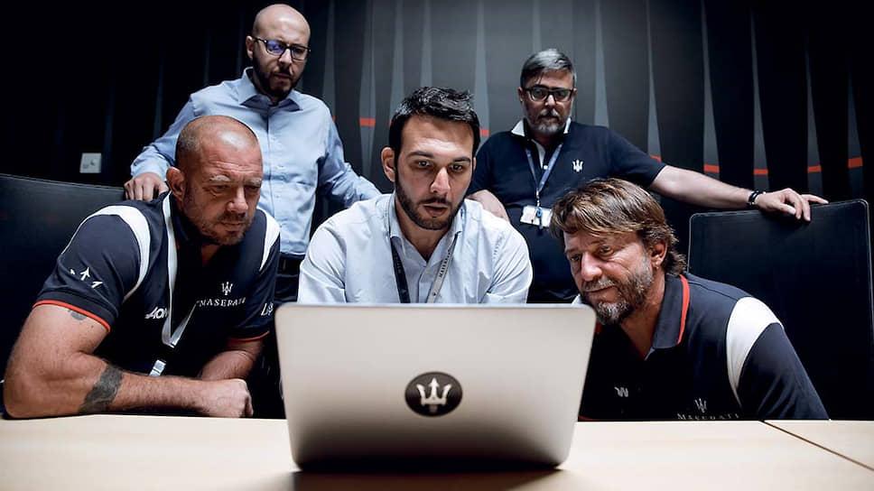 Усилия специалистов из Maserati поспособствовали снижению коэффициента аэродинамического сопротивления судна на 5 процентов, а оптимизация потоков вокруг корпуса позволила парусам работать более эффективно. Это повысило силу тяги на четыре процента.