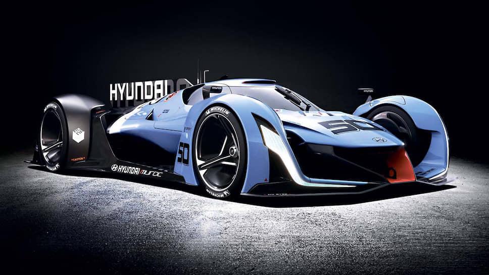Водородный концепт Hyundai N 2025 Vision GT, представленный в 2015 году, также был воплощен в металле и выставлен на автосалоне во Франкфурте.