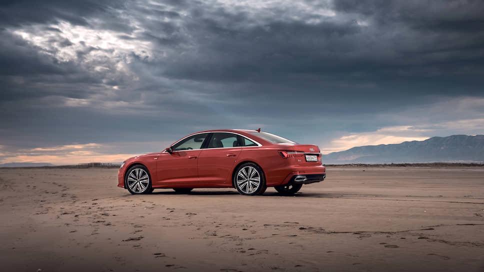 Audi A6 по сравнению с предыдущим поколением прибавил несколько миллиметров: в длину – 6 мм, до 4,94 метра; в ширину – 13 мм, до 1,89 метра; в высоту – 3 мм, до 1,46 метра. Но внутреннего пространства стало больше намного: при увеличении длины колесной базы на 12 мм длина салона увеличилась на 21 мм.