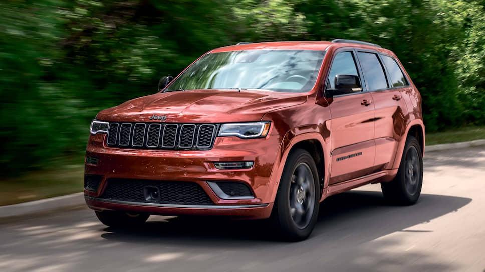 Jeep Grand Cherokee: модель по праву считается родоначальником нового класса автомобилей – «роскошных внедорожников». Но помимо способной произвести впечатление «формы», Grand Cherokee хорош и своим «содержанием». Это мощные, но одновременно экономичные бензиновые V6 и V8. И легендарная система полного привода с понижающей передачей, а также системами контроля тяги и выбора дорожного покрытия, позволяющая решиться на самые отчаянные путешествия.