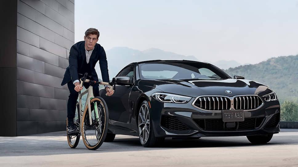 Внешность 3T for BMW обыгрывает минималистичный дизайн BMW: четкий силуэт, строгие линии. Модель доступна в двух цветах.