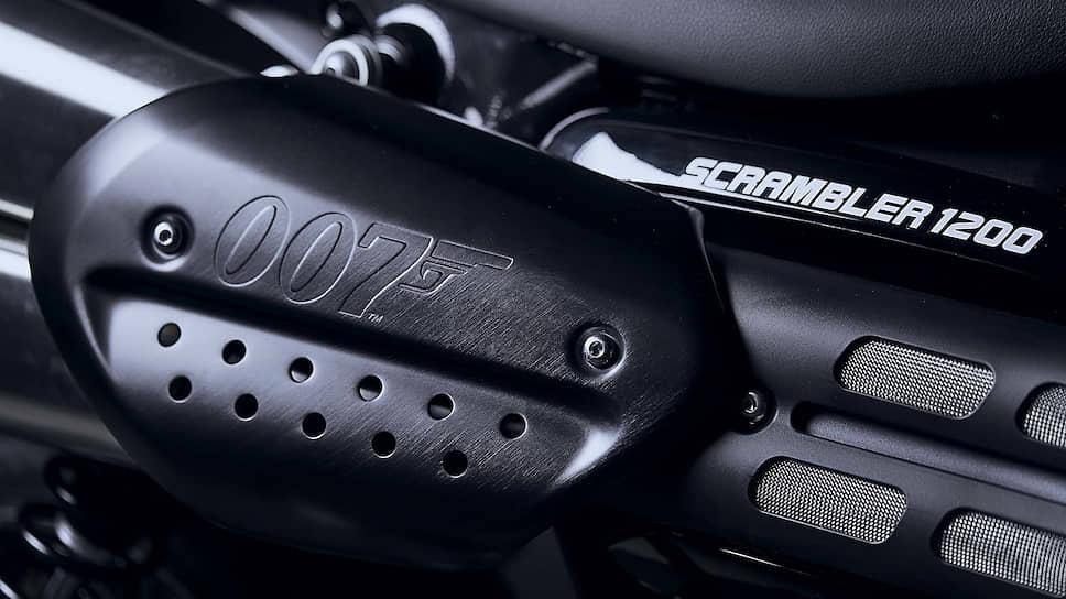 Всего будет выпущено 250 мотоциклов серии. Каждый экземпляр пронумерован и поставляется со специальным пакетом документов в премиальном оформлении. Цена в России составляет 1770000 рублей.