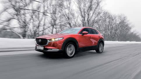 Красной стрелою  / Mazda CX-30 в сердца российских клиентов. Попадет ли?