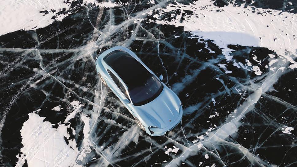 А если вам вдруг показалось, что вы все поняли про занос, – не забывайте, что на льду скорости от скоростей на «суше» отличаются в разы. Надо просто продолжать работать. Опыт Блока в помощь.