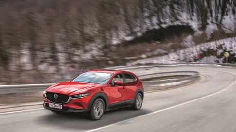 В горы – зовут  / Размышления о достаточности с Mazda CX-30 на курортах Красной Поляны