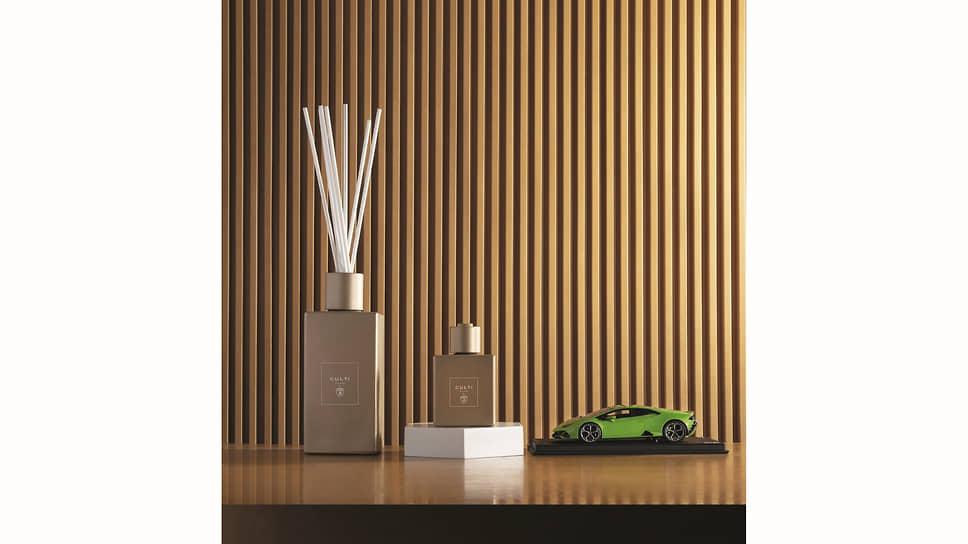 Флакон отличается строгими формами. Диффузор в бронзовом цвете из цветовой палитры Lamborghini с матовым эффектом украшают эмблемы, выполненные методом трафаретной печати.