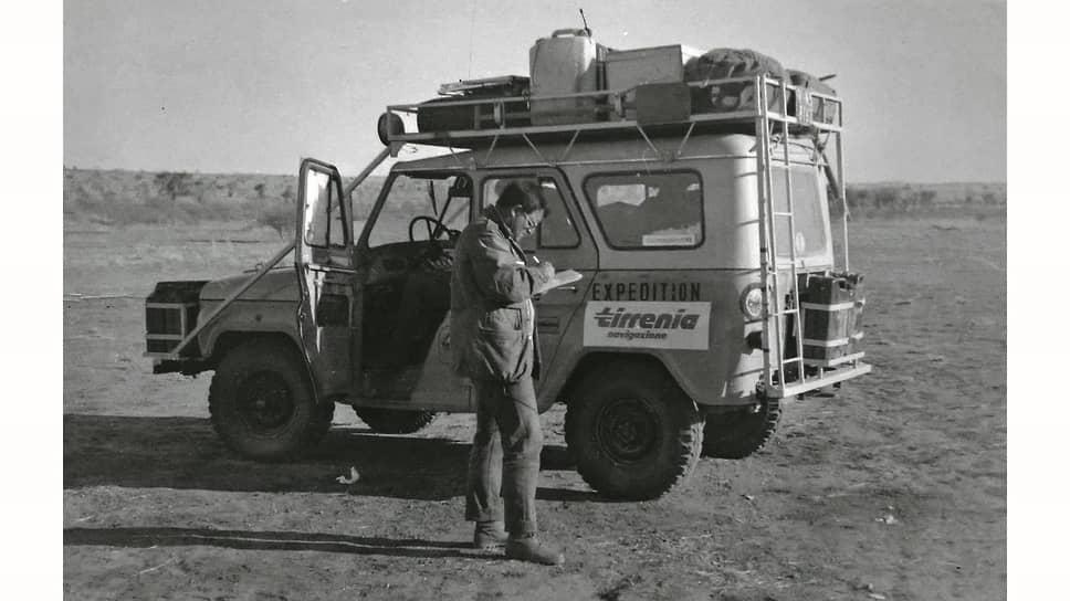 По воспоминаниям Альберта Рахманова, некоторые из членов руководства противились запуску 469-го, потому что думали обойтись доработками ГАЗ-69. На заводе даже появлялся единичный 69-й с рестайлингом, выполненным некоей английской фирмой