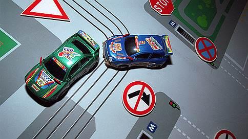 """Инструкция по вождению  / """"Ъ"""" разъясняет, как себя вести в типичных ситуациях автовладельцу"""