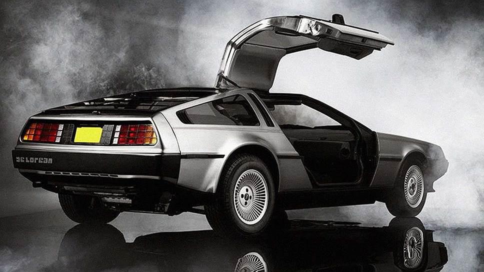 DeLorean DMC-12 был разработан  Italdesign Giugiaro и выпускался в Северной Ирландии для американского рынка с 1981 по 1983 год
