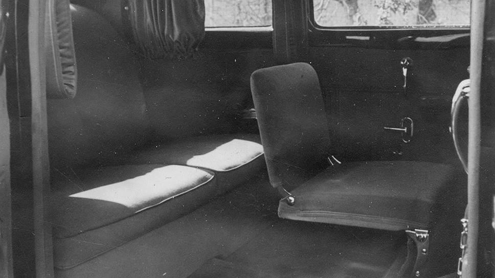 Пассажирский салон ЗИС-110С. Фото из отчета о государственных испытаниях