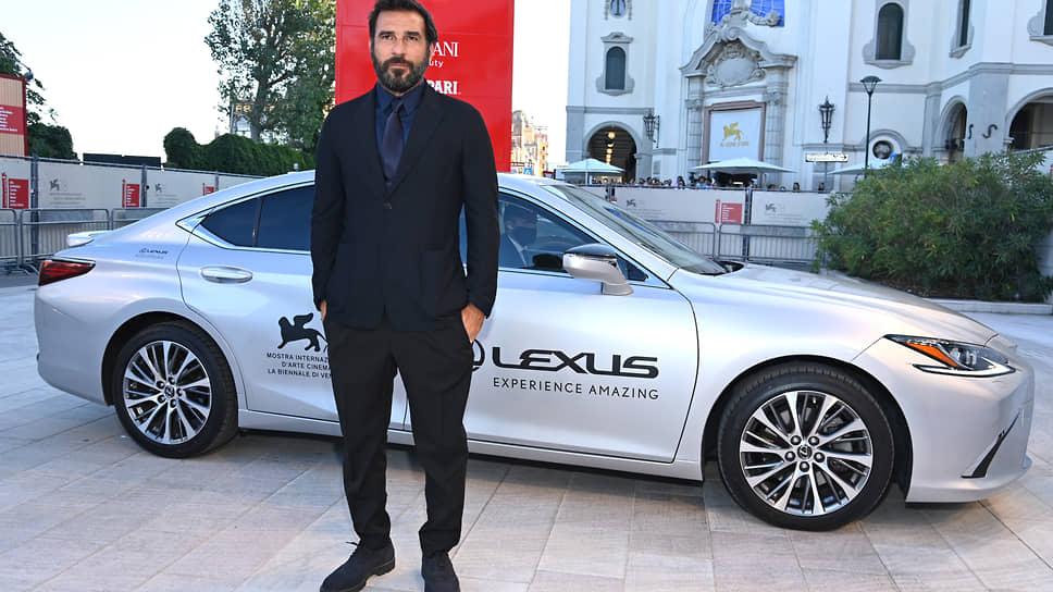 Итальянский актер и сценарист, амбассадор Lexus Эдоардо Лео