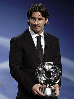 Лионель Месси признан лучшим клубным футболистом года