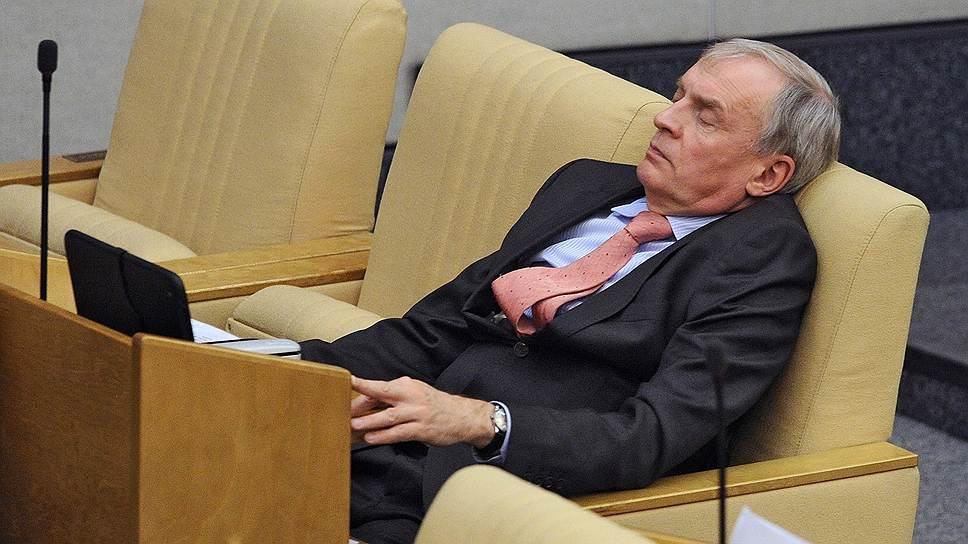 Член комитета Госдумы по финансовому рынку Борис Кашин на пленарном заседании, 2013 год