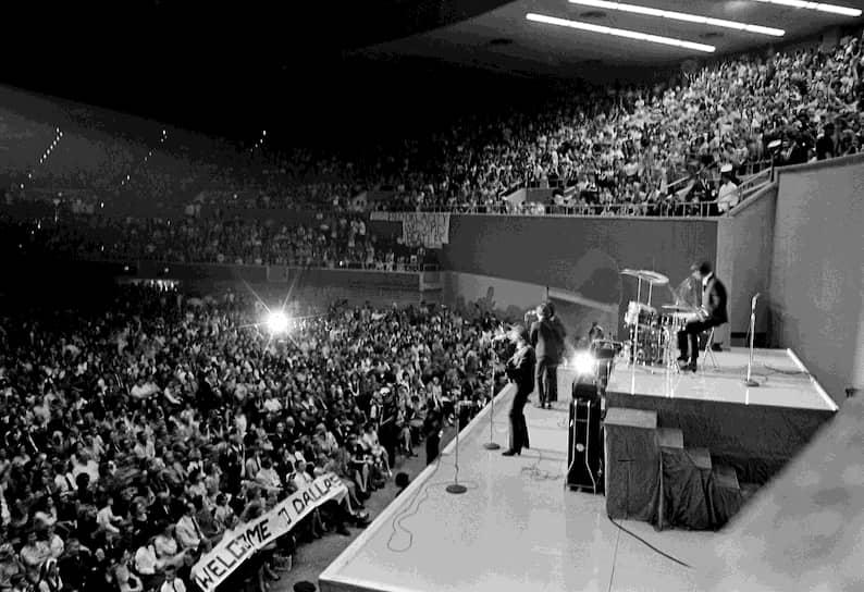 Фильм «A Hard Day's Night» снискал популярность, получив две номинации на «Оскар», а выход одноименного альбома помог группе заполучить мировую известность и навсегда вписать в учебники по истории термин «битломания»