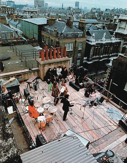 Последнее выступление группы The Beatles состоялось в 1969 году на крыше студии звукозаписи Apple Records  в Лондоне