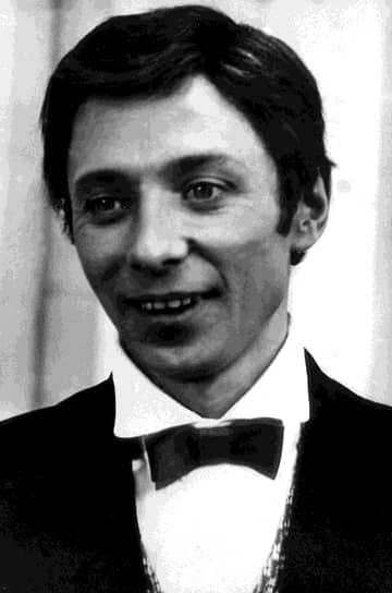 Эдвард Радзинский так описывал Даля: «Он был болен одной из самых прекрасных и трагических болезней — манией совершенства. Он знал, как это играть надо, но нельзя было на этом безумном темпераменте, на этой беспредельной боли и нерве, на этих слезах в горле провести всю роль — так можно было только умереть»