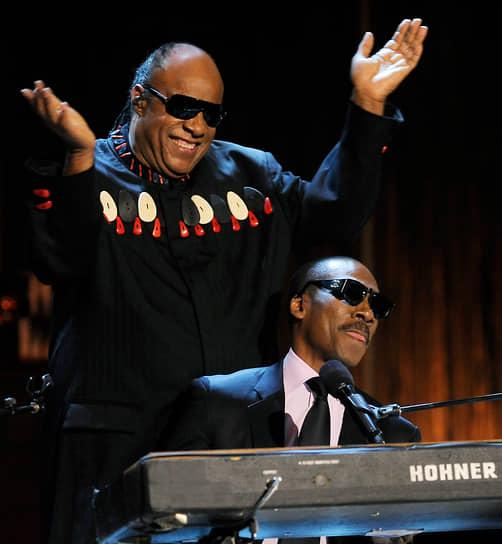 Мерфи также занимается музыкальной карьерой. В 1982 году он выпустил сольный дебютный альбом «Eddie Murphy», который получил статус «золотого» и номинацию на премию «Грэмми»