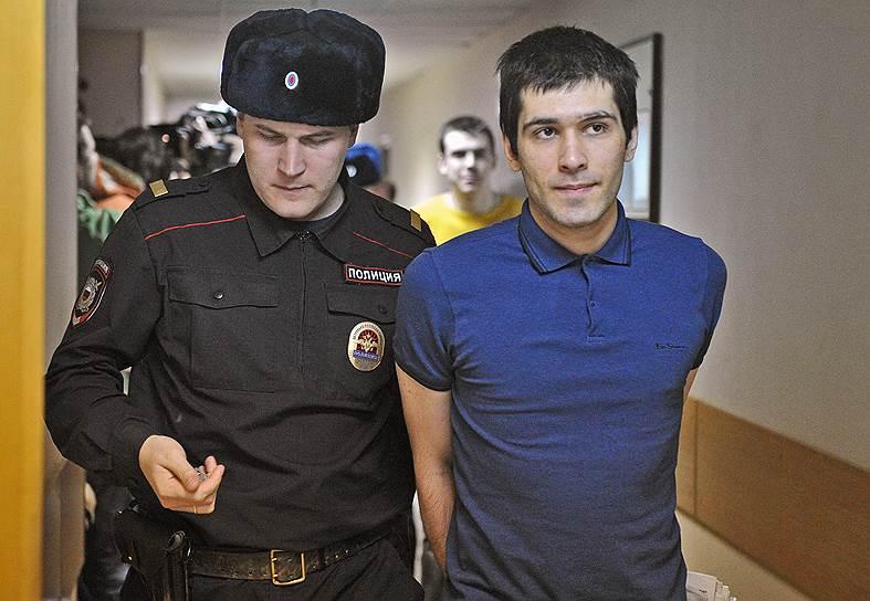 Андрей Барабанов (родился в 1990 году). Задержан 28 мая 2012 года. По данным следствия, бил  ногой сотрудников ОМОНа, частично признал вину. 24 февраля 2014 года был приговорен к лишению свободы в колонии общего режима на 3 года 7 месяцев. Вышел на свободу 25 декабря 2015 года
