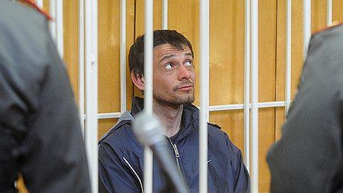 «Белгородский стрелок» не признает свою вину  / Сергей Помазун не согласен с арестом и не будет давать показания