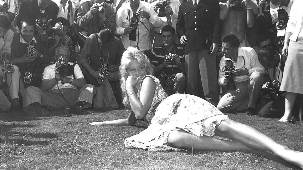 В 1986 Брижит Бардо открыла фонд своего имени для благополучия и защиты животных (англ. Brigitte Bardot Foundation for the Welfare and Protection of Animals). Актриса стала вегетарианкой и заработала 3 млн франков, продавая на аукционе драгоценности и личные вещи, чтобы поддержать свой фонд