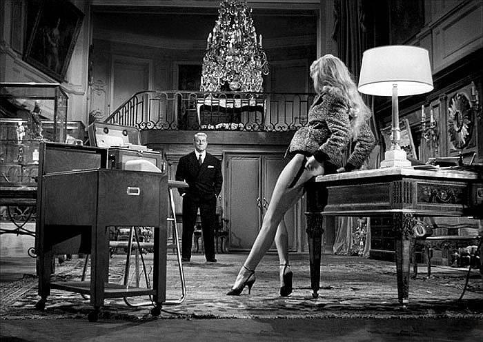 В 1973 году, незадолго до своего сорокалетия, Брижит Бардо объявила о завершении кинематографической карьеры и посвятила свою жизнь борьбе за благополучие животных <br>На фото: кадр из фильма «В случае несчастья»