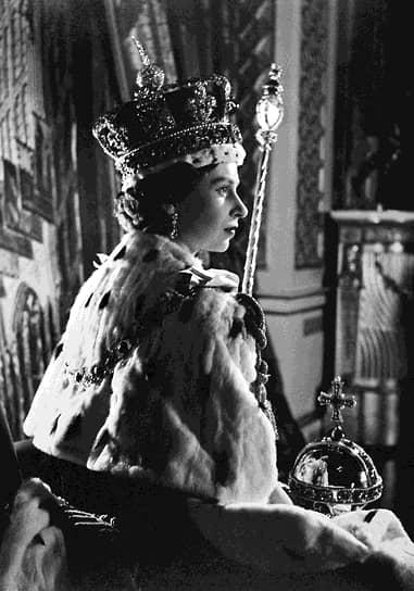 Британская королева Елизавета II (Елизавета Александра Мария) родилась 21 апреля 1926 года в Лондоне. Она была старшей дочерью будущего короля Георга VI и леди Елизаветы Боуз-Лайон. 6 февраля 1952 года Елизавета взошла на престол в возрасте 25 лет после смерти своего отца