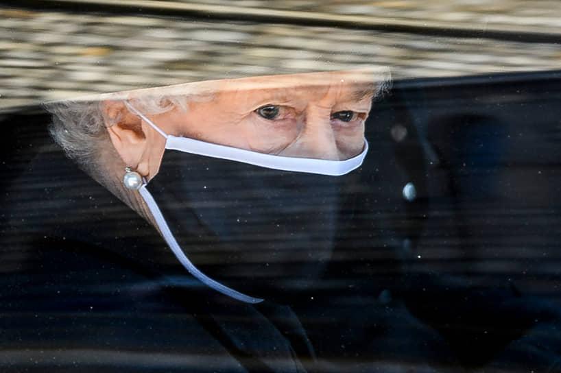 9 апреля 2021 года на 100-м году жизни скончался муж королевы принц Филипп, герцог Эдинбургский. Их союз стал самым долгим королевским браком в мировой истории, продлившись более 73 лет