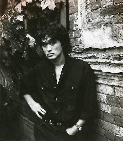 К моменту расцвета деятельности Ленинградского рок-клуба Виктор Цой и «Кино» были его звездами наряду с «Аквариумом», «ДДТ», «Алисой», «Телевизором»