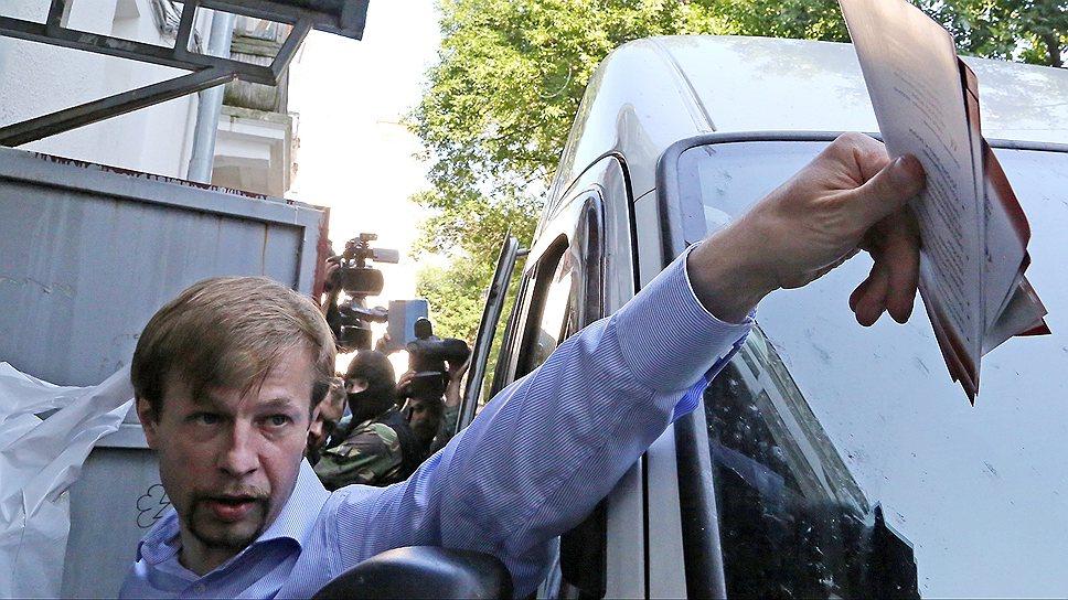 Мэр Ярославля Евгений Урлашов, задержанный по подозрению во взяточничестве