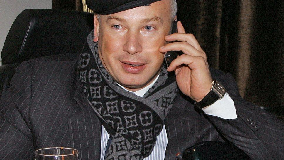 Олег Бойко — российский предприниматель, президент инвестиционного холдинга Finstar. Обладая личным состоянием $1.4 млрд, занял 1031 место в мире в списке богатейших людей мира по версии Forbes в 2013 году. Разведен