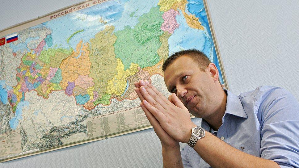 Алексей Навальный во время интервью, 2009 год