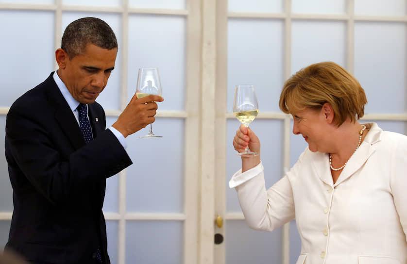 Прагматичная Меркель оперировала понятием «стратегическое партнерство». «На мой взгляд, с Россией нас пока объединяет не так много общих ценностей, как с Америкой»,— сказала Меркель в 2006 году в интервью «Шпигель»<br>На фото: Ангела Меркель и экс-президент США Барак Обама