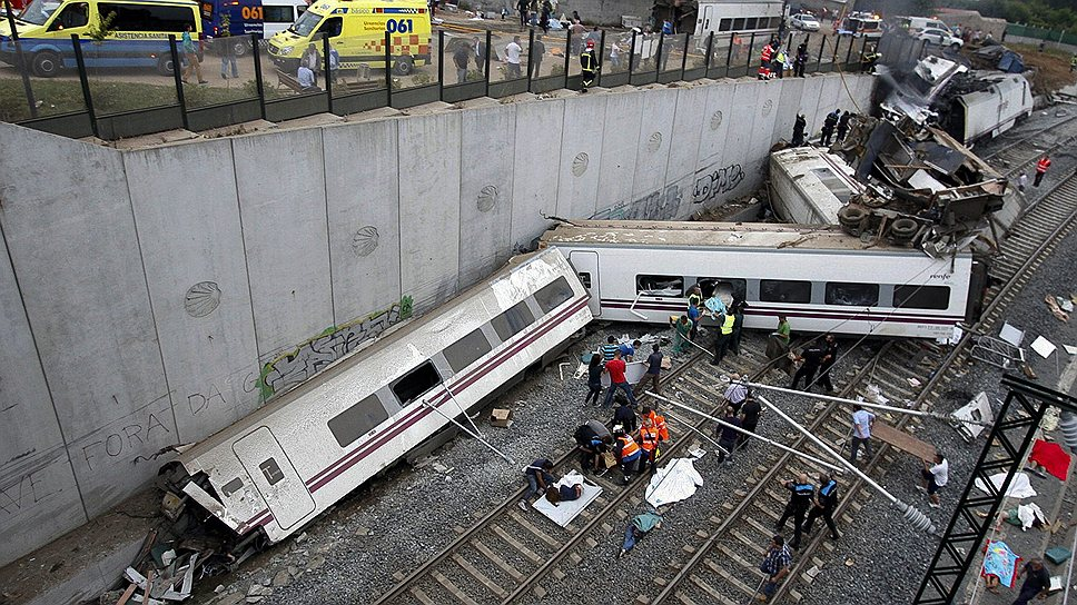 В ночь на 25 июля в Галисии сошел с рельсов пассажирский поезд, следовавший из Мадрида в Ферроль